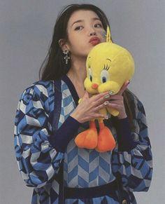 Girl Artist, Art Girl, Lee Sung Kyung, Kpop Posters, Love U Forever, Rap Monster, My Sunshine, Photo Cards, Kpop Girls