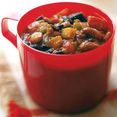 This vegetable chili recipe a great way to get kids to eat fiber-rich foods. It can be taken on camping trips or packed in a thermos for school lunches.
