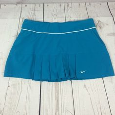 Nike dry fit shorts skirt Nike dry fit shorts skirt Sz M 85% polyester 15% spandex NO HOLDS, NO TRADES Nike Shorts