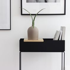 Arch Interior, Interior Styling, Interior Decorating, Nordic Interior Design, Simply Home, Small Tables, Black Decor, Apartment Interior, Minimalist Decor