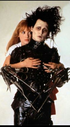 Edward Scissorhands Winona Ryder and Johnny Depp