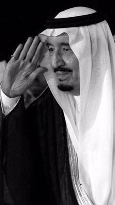 King Salman Saudi Arabia, Saudi Arabia Prince, Ksa Saudi Arabia, Brown Aesthetic, Bad Girl Aesthetic, Saudi Arabia Culture, National Day Saudi, Saudi Men, Baby Canvas