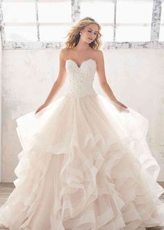 Fluffy Wedding Dress, How To Dress For A Wedding, Wedding Dress Pictures, Amazing Wedding Dress, Pink Wedding Dresses, Blue Bridesmaid Dresses, Wedding Dress Sleeves, Bridal Wedding Dresses, Dress Lace