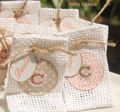 Bolsitas personalizadas para  pequeños regalos a los invitados en: comuniones, bautizos, bodas...