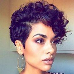 Tip na kratky uces vhodny pro vlnite vlasy #kratkovlasky #shorthair #kratkevlasy #vlnitevlasy #curlypixie