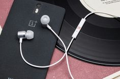 OnePlus One Silver Bullet Earphones