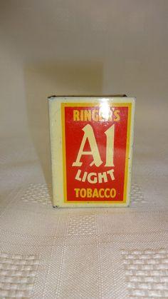 Vintage Advertising Matchbox Holder – Ringer's A1 Light Tobacco