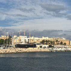 #blackpearl #harbour #photooftheday #malta #kathyatravel Malta, San Francisco Skyline, Places To Travel, Paris Skyline, Vacation, Holiday, Malt Beer, Vacations, Vacations