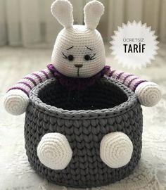 Tarifin devamı için yana kaydırın👉🏼👉🏼 🐰💕 Ördüklerinizi g … - Mein Stil Crochet Bowl, Crochet Bunny, Thread Crochet, Crochet Animals, Knit Crochet, Free Crochet, Crochet Patterns Amigurumi, Amigurumi Doll, Amigurumi Tutorial