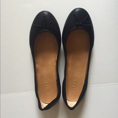 JCrew Ballet Flats. J.Crew Black Ballet Flats. Faux Leather but looks real. Classic style with bow detail. Never worn. Brand new - no tags. J. Crew Shoes Flats & Loafers