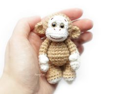 Little crocheted monkey - free pattern by Anastasia Kirs