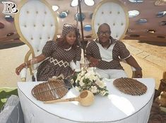Wedding decor for a Sotho wedding - Reny styles - Wedding decor for a Sotho wed. - Wedding decor for a Sotho wedding – Reny styles – Wedding decor for a Sotho wedding 2018 – R - Pedi Traditional Attire, African Traditional Wedding Dress, Traditional Wedding Decor, Traditional Dresses, African Wedding Theme, African Wedding Attire, Green Wedding Decorations, Engagement Decorations, Zulu Wedding