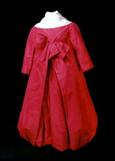 Christian Dior | Bubble Dress | red silk faille | lined with silk organdy net | Paris, France | 1956