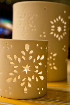 [Christmas+Luminaries+2009.jpg]