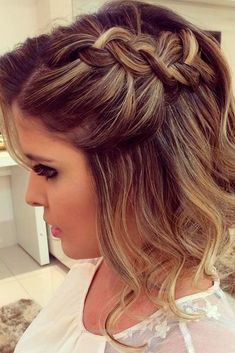 Feel like a queen with any of these gorgeous homecoming hairstyles for short hair! They're easy and achievable,Easy Formal Hairstyles for Short Hair cute homecoming hairstyles for short . Prom Hairstyles For Short Hair, Prom Hair Updo, Homecoming Hairstyles, Braided Hairstyles, Wedding Hairstyles, Cool Hairstyles, Teenage Hairstyles, Summer Hairstyles, Prom Braid