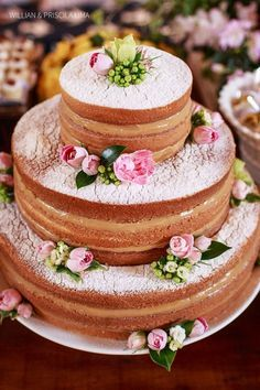Naked Cake- Dusted with Powdered Sugar + Decorated with Pink Roses or Faux Pink Flowers + a Tasty Filling such as Caramel Sauce or Dulce de Leche! Gorgeous Cakes, Pretty Cakes, Amazing Cakes, Bolos Naked Cake, Naked Cakes, Food Cakes, Cupcake Cakes, Quinceanera Cakes, Elegant Cakes