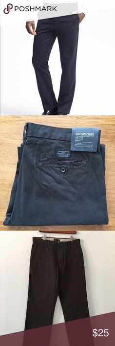 Dawson Chino Relaxed Fit Sits lower on the waist, fitted through thigh, straight leg opening. 100% cotton. Zip fly closure, two back wet pockets. Brand new, never worn! Nice muted brown color. Banana Republic Pants Chinos & Khakis