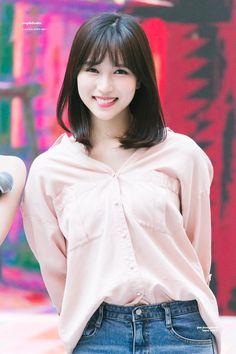 twice ♡ mina Nayeon, Kpop Girl Groups, Korean Girl Groups, Kpop Girls, San Antonio, Twice Kpop, Myoui Mina, Girl Crushes, Asian Beauty