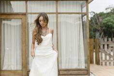 'Dixie' wedding gown by Joana Montez. Accessories by Pedra Dura.