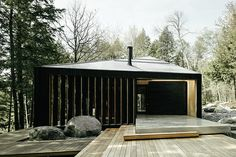 A single angular form brings the entirety of the Clear Lake House under one roof, allowing it to keep a cottage-like feel yet remain distinctly modern. The getaway home is set on Parry Sound, roughly three hours north of Toronto,...