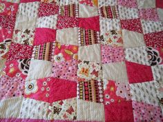 Baby Quilt Pattern Tutorial with lots of Photos by beffie48, via Etsy.