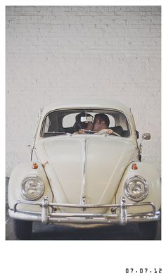 vw, circa 1969-- i would give ANYTHING to have a picture like this in one of these cars on my wedding day!