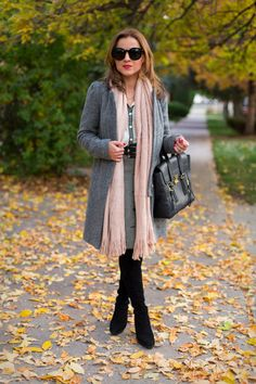 @helloframboise pulls together an H&M black & white patterned skirt, soft gray coat, and long dusty pink scarf for a fresh and feminine feel. | H&M OOTD