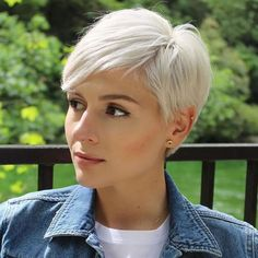 Short Blonde Pixie, Pixie Haircut For Thick Hair, Short Hairstyles For Thick Hair, Short Pixie Haircuts, Short Hair Cuts For Women, Pixie Hairstyles, Short Hair Styles, Blonde Pixie Haircut, Long Hair