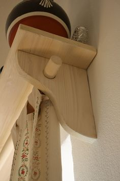 Garniže na chalupu – Annie Sloan Chalk Paint™ Annie Sloan, Heeled Mules, Heels, Heel, High Heel, Stiletto Heels, High Heels, Women Shoes Heels