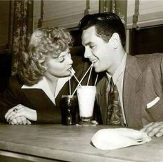 images (385×382) lucille ball and desi drnas