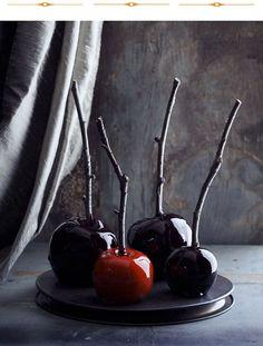 beautiful caramel apples