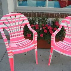 Painted Plastic Furniture-use painter's tape, Plastic Garden Chairs, Plastic Garden Furniture, White Plastic Chairs, Painted Outdoor Furniture, Lawn Furniture, Plastic Tables, Painted Chairs, Decorated Chairs, Wicker Furniture