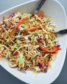 Asian Chicken Chopped Salad (Whole Paleo Keto) Best Paleo Recipes, Whole 30 Recipes, Diet Recipes, Kitchen Recipes, Vegetarian Recipes, Favorite Recipes, Asian Chopped Salad, Chopped Salad Recipes, Broccoli Slaw Recipes