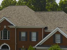 Landmark designer shingle in Weathered Wood Certainteed Shingles, Wood Roof Shingles, House Shingles, Roof Shingle Colors, Roof Colors, House Colors, Different House Styles, Architectural Shingles, Residential Roofing