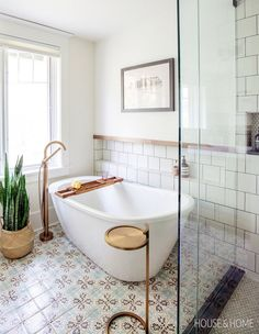 Hand-painted tiles bring graphic interest to the otherwise neutral ensuite. Chic Bathrooms, Dream Bathrooms, Beautiful Bathrooms, Eclectic Bathroom, Master Bathrooms, Bathroom Mirrors, Small Bathrooms, Modern Bathroom, Bad Inspiration