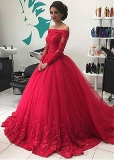 Elegant Tulle Off-the-shoulder Neckline Long Sleeves Ball Gown Prom Dress With Beaded Lace Appliques