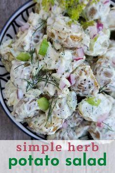 Best Salad Recipes, Summer Salad Recipes, Salad Dressing Recipes, Vegan Recipes Easy, Fall Recipes, Creamy Potato Salad, Canadian Food, Barbecues, Potato Dishes