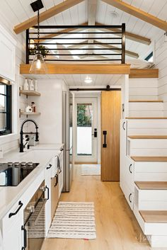 This tiny home was an extension of the main home, it was placed in the backyard as a pool house / guest house. Nothing was overlooked on this one. Tiny Guest House, Garage Guest House, Tiny House Loft, Small Tiny House, Modern Tiny House, Tiny House Living, Tiny House Plans, Small House Design, Tiny House On Wheels