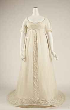 Embroidered White Cotton Dress - French - 1804-1814 - Front View