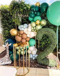 Balloon Backdrop, Balloon Centerpieces, Balloon Garland, Balloon Decorations, Birthday Decorations, Safari Theme Party, Safari Birthday Party, 2nd Birthday Party For Boys, Butterfly Garden Party