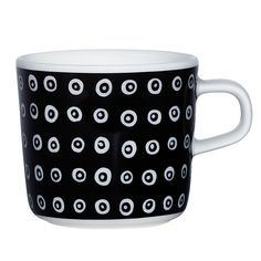 Oiva - Karakola glogg cup, dl, black, by Marimekko. Scandinavian Living, Stoneware Mugs, Nordic Design, Marimekko, Black Coffee, Online Shopping Stores, Drinkware, Dinnerware, Kitchen Dining