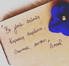 Bir yürek üşümüş. Kapamış kapılarını, Onarmak zordur. - Özdemir Asaf / Onarmak Zordur #sözler #anlamlısözler #güzelsözler #manalısözler #özlüsözler #alıntı #alıntılar #alıntıdır #alıntısözler #şiir #edebiyat