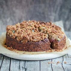 Sneak some veggies into your diet w/ this beetroot, zucchini, carrot, apple cake - moist and full of cinnamon plus an oat crumble
