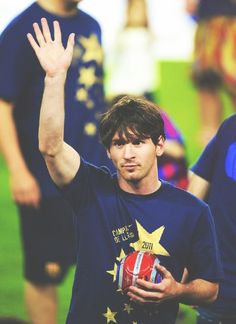 Lional Messi, Messi Soccer, Soccer Memes, Football Memes, God Of Football, Leo, Messi Photos, Barcelona Football, Football Wallpaper