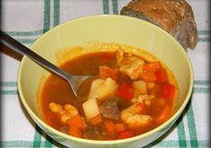 Briose cu bacon si cascaval - MyBisque Thai Red Curry, Carne, Bacon, Ethnic Recipes, Food, Essen, Meals, Yemek, Pork Belly