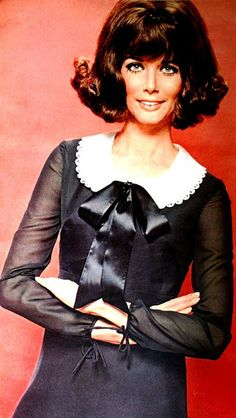 Black dress whith white collar and black bow. Burda Moden December 1968