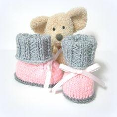 Chaussons bébé tricotés roses et 2 gris taille 0/3 mois Tricotmuse : Mode Bébé par tricotmuse