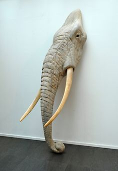 Quentin Garel, Eléphant II, Bronze, x x Sculptures Céramiques, Art Sculpture, Wood Carving Art, Wood Art, Sculpture Projects, Elephant Art, Elephant Sculpture, Architecture Tattoo, Contemporary Sculpture