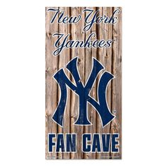 New York Yankees MLB Fan Cave Retro Wood Sign (6in x12 in)