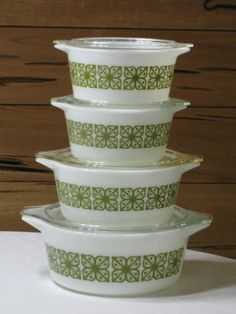 Vintage Pyrex Verde Green Square Flowers 8 Pc. Casserole - I have the third one, want the rest!